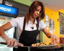 Crepes de Luxe Cafe